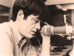 Typical of the 60's Chicago radio personalities, the king... Larry Lujack 1940-2013.