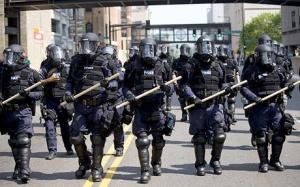 policeriotcontrol1
