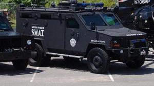 policeSWATvehicle2